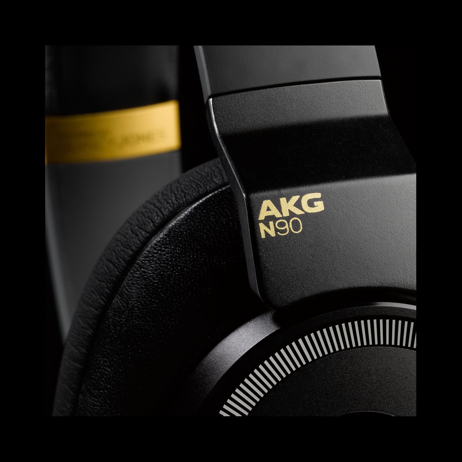 N90Q - Black - Reference class auto-calibrating noise-cancelling headphones - Detailshot 13